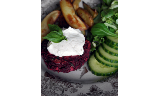 Beetroot Burger Feta
